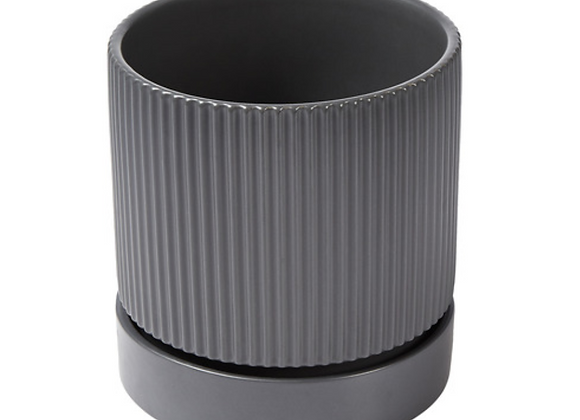 Ribbed Pot w/ Drip Tray [Black - 18cm x 18cm diameter]