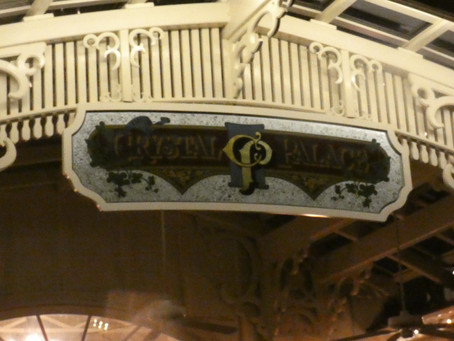 What Food is Available At The Crystal Palace in Disney's Magic Kingdom?