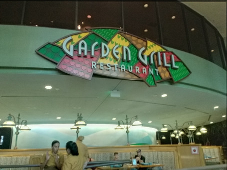 Why is Disney's Garden Grill an excellent Family Style dinner with Characters?