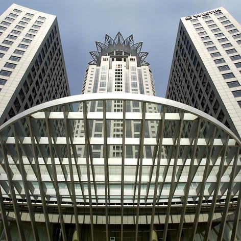 Bund Finance Center, 2002