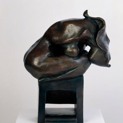 Kneeling Lady, 1997