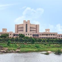 Indian School of Business, 2001