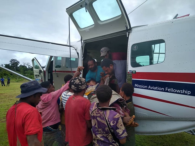 0-Medical evacuation for mother with ret