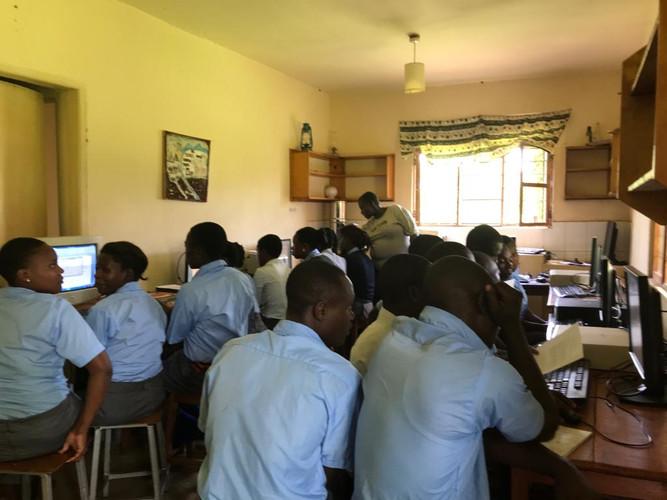 Computer class 25t September 2018