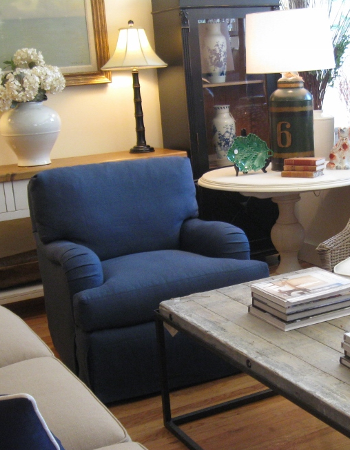Hickory White Armchair in Navy Linen