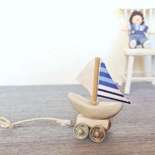 1:12 Dollhouse miniature toy ship