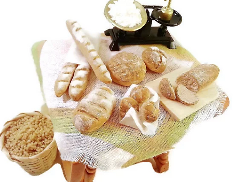 Miniature dollhouse 1:12 bakery bread set
