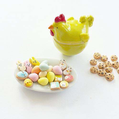 Dollhouse miniature 1:12 Easter cookies and cookie jar