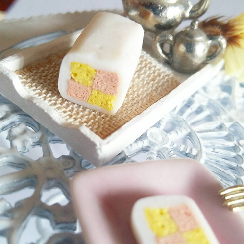 1:12 dollhouse miniature Battenberg cake