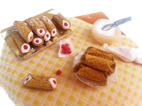 Miniature Italian food cannoli siciliani scale 1:12