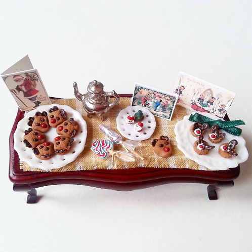 1:12 dollhouse miniature Christmas cookies and sweets