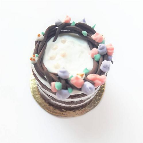 1:12 dollhouse miniature cake with flowers