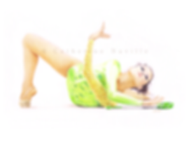 Evgeniya Pavlina dessin, Evgeniya Pavlina drawing, dessin de gymnaste, rhythmic gymnastics drawing, rhythmic drawing, gymnaste aux massues, gymnaste with clubs, dessin au crayon de couleur