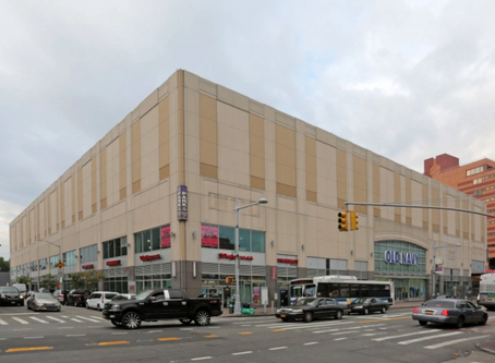 RETAILER NEW YORK & COMPANY LEASES 15K SF IN JAMAICA