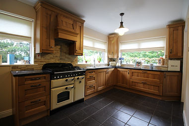 Solid Oak Kitchen Carlow, Country Style Kitchen Carlow, Traditional Kitchen Carlow