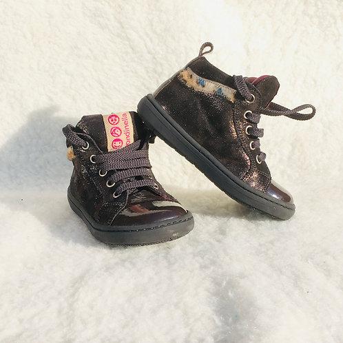 Sneakers hoog zwart met detail bovenaan - Rondinella (artikel 380)