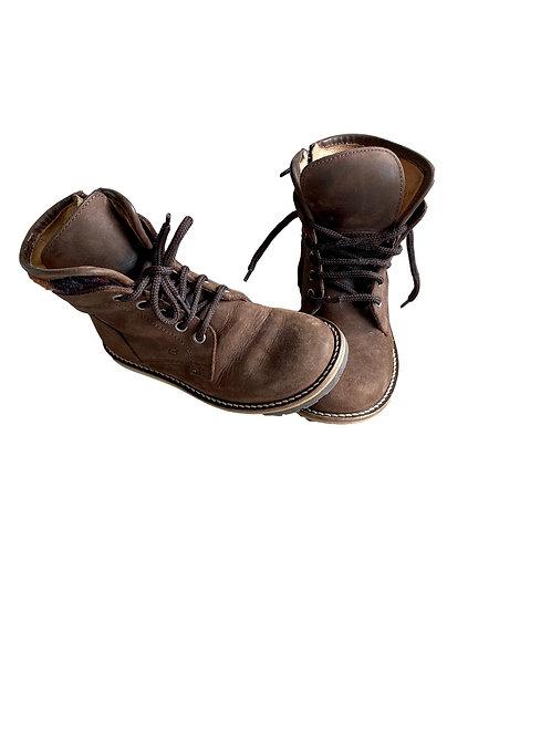 Boots- Gallucci - 27 (69.1))
