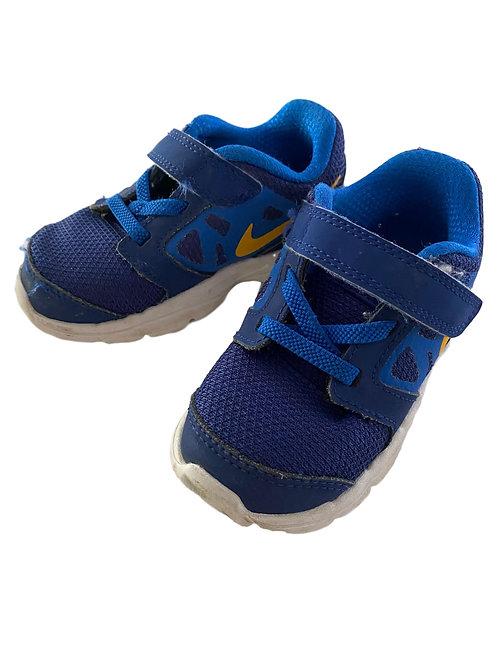 Sneaker - Nike - 23,5 (977)