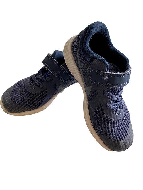 Sneakers - Nike - 27 (57.21)