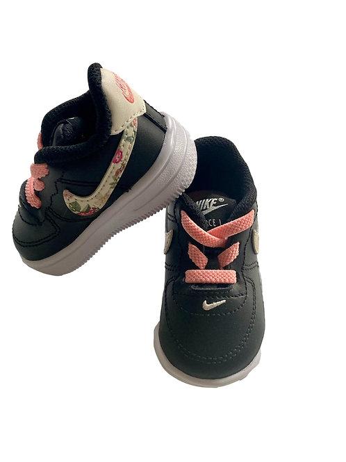 Sneakers - Nike - 17 (53.82)