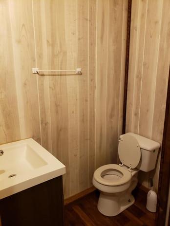 cabin 11-2.jpg