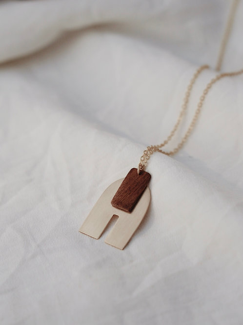 FUMU NECKLACE
