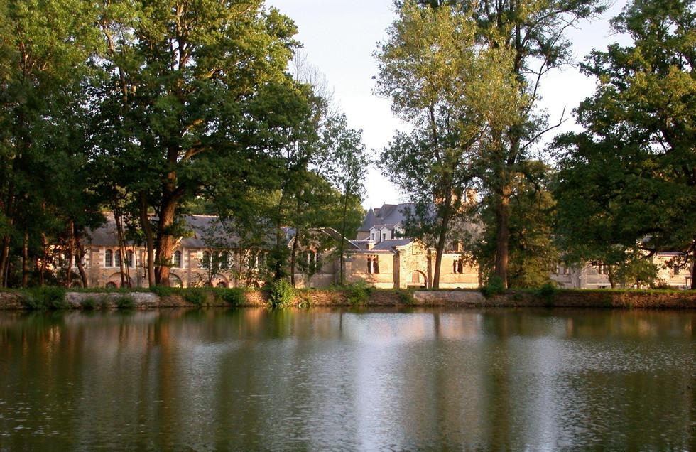 2 Manoir de la Jahotière vue parc nord.J
