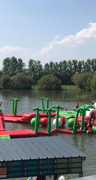 Activité d'eau au lac de Nozay