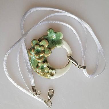 FLEUR Narrow Ribbon Necklace