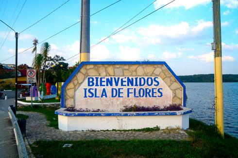 FLORES | Guatemala