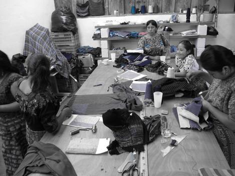 Scarfitecture Women Weavers