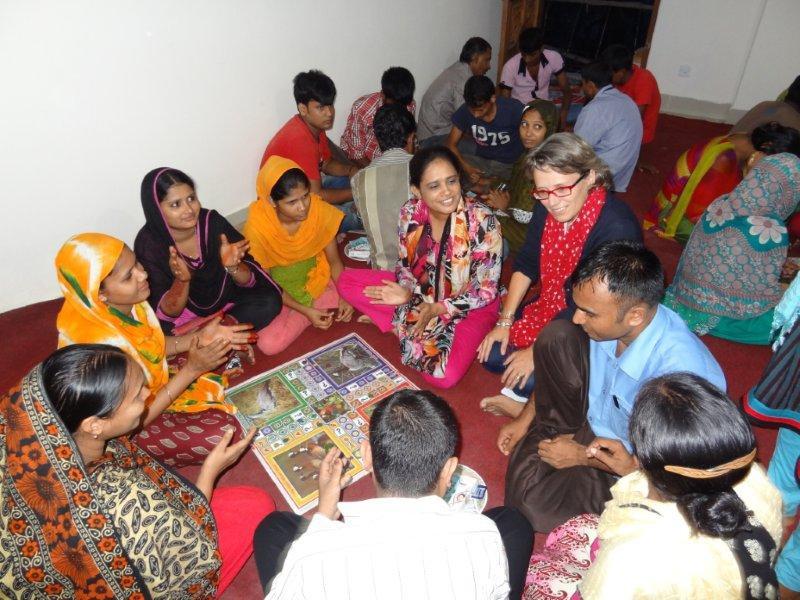 AFGHANISTAN: Medizinische Ausbildung und Versorgung für Frauen