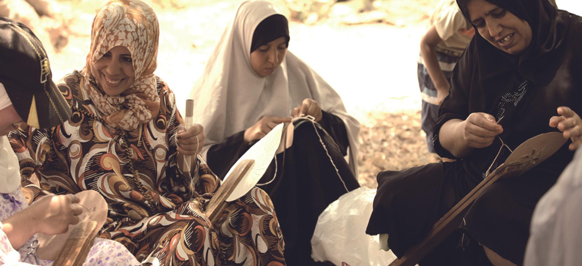 MAROKKO: Ausbildung in traditionellen handwerklichen Berufen