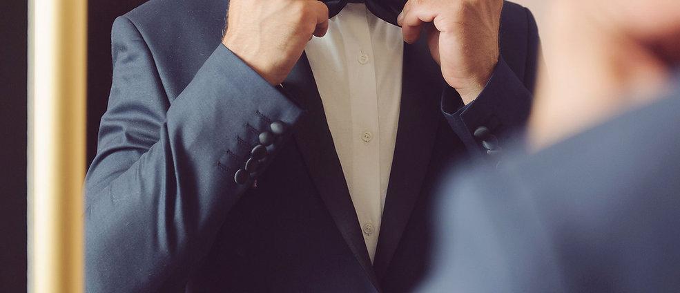 Os noivos vão amar as nossas Alianças de Casamento. Os namorados amar as nossas alianças de namoro. E na comemoração das bodas as nossas alianças vão comemorar esses anos vividos. É sempre altura de celebrar e porque não oferecer uma joia Mirabela com todos os benefícios que damos aos nossos clientes. Experimente em casa. Pague de forma fácil, divertida e descomplicada!