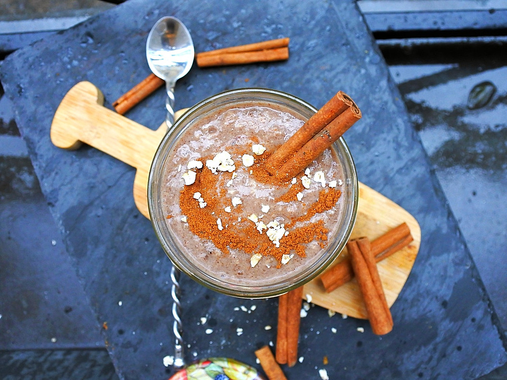 smoothie cinnamon roll