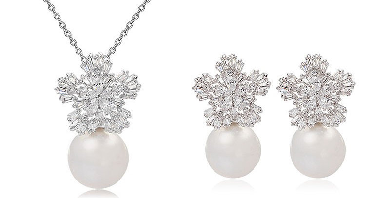 pearl bridal necklace and earrings set