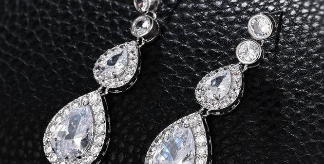 statement earrings wedding