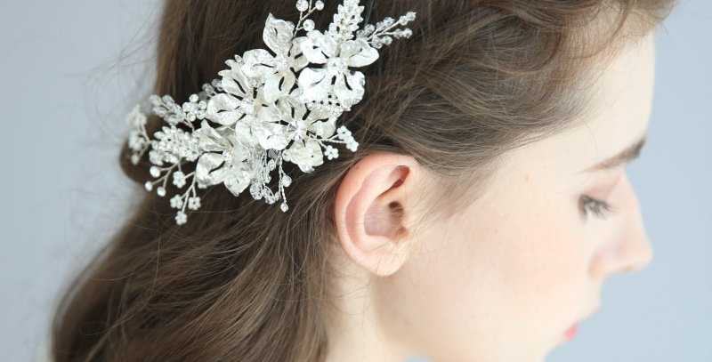 Crystal floral bridal clip
