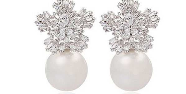 Crystal and pearl bridal earrings