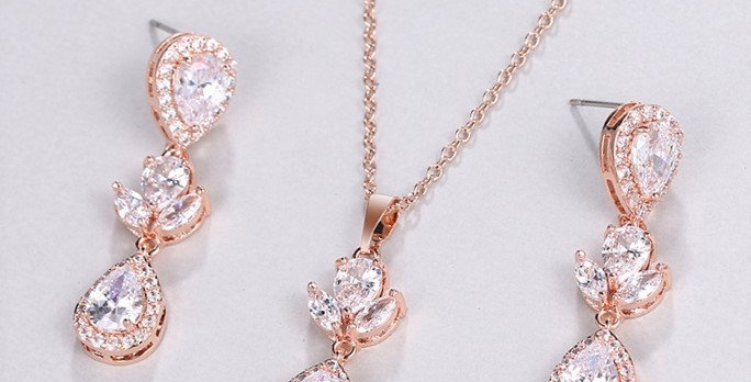 Rose gold bridal jewellery set