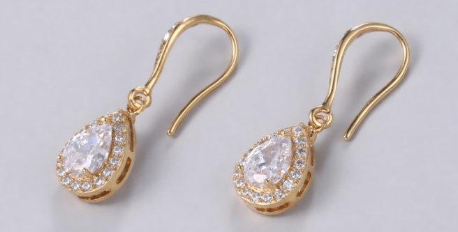 simple drop earrings weddings
