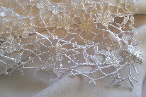 Ebba Modern Lace