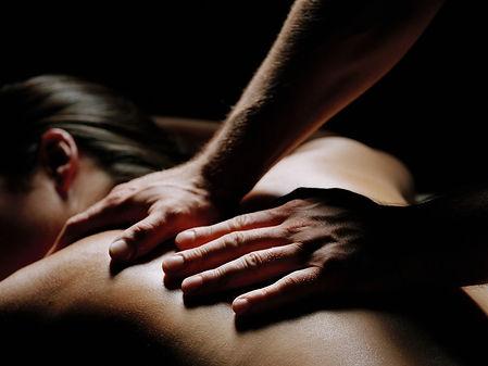 1D274907169446-g-hlth-121011-massage-2p.