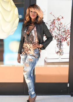 Distressed jeans/leather jacket