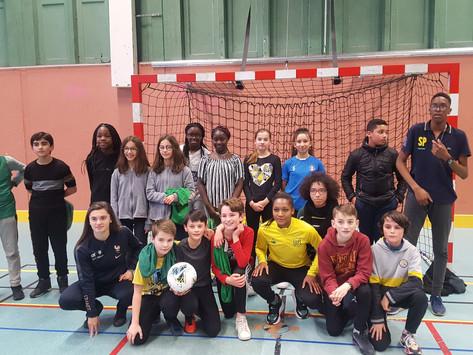 Nouvelle rencontre entre collégiens et joueuses du FC Nantes