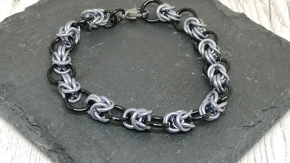 Byz Half Knot Bracelet
