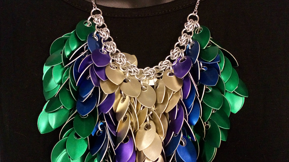 Cascade scalemaille necklace