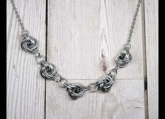 Mobius Knot Necklace Kit