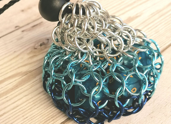 Small open weave dice bag