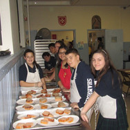 Feeding-Hungry-At-St.-Thomas-Nov.-1-2013